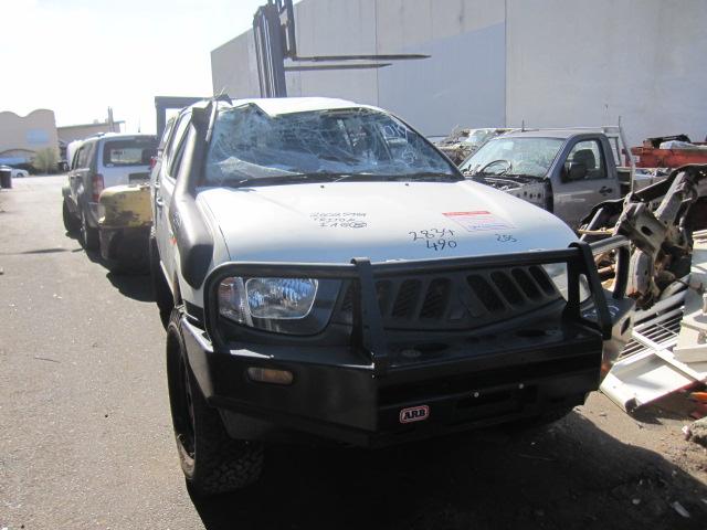2008 Mitsubishi Ml Triton For Wrecking