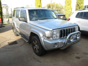 Jeep Commander Wrecking