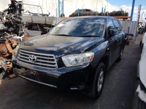 Toyota Kluger Wrecking